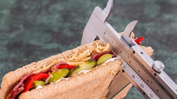 Колко трудно е храненето всъщност?
